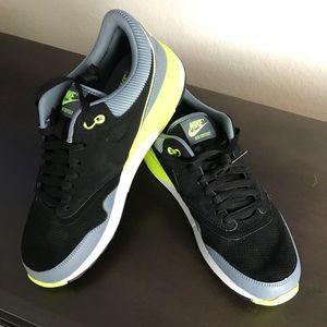 Men's Nike Air Odyssey